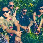 'Foolish Hearts' de BESTiE, canción de la semana en Tardes Radiónica
