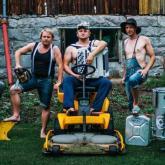 Steve'n'Seagulls: Iron Maiden va a la granja