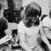 Vuelve la Marcus Hook Roll Band de los hermanos Young