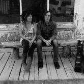 Jen Maurer y Anthony Papaleo, bluesseros norteamericanos. Foto cortesía del Colombo Americano.