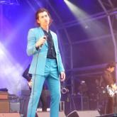 Con Mike Joyce en el público, The Last Shadow Puppets versiona a The Smiths junto a Johnny Marr