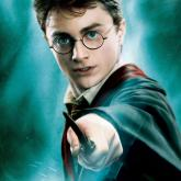 Daniel Jacob Radcliffe como Harry Potter