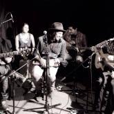 Jaison está influenciado por la música de Jorge Drexler,  Kevin Johansen, Gustavo Cerati, Serú Girán y Robi Draco Rosa .
