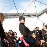 En 2013 Metallica ofreció un concierto en el Polo Sur. Se utilizaron placas solares como fuente de energía y se restringió el uso de amplificadores.