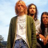 """""""Heart-Shaped Box"""" fue lanzada como el primer sencillo del tercer y último álbum de Nirvana, """"In Utero"""", en 1993."""