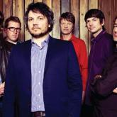 Wilco estará en la tercera edición del Vida Festival que tendrá lugar los días 30 de junio y 1, 2 y 3 de julio de 2016, en Barcelona.