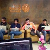 #DíasDeRadio trabajando en su siguiente programa. 2014.