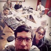 Selfie de Gonzalo, Dahiana y los invitados a una #FranjaElectrónicaRadiónica