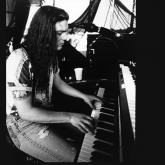 Axl Rose, Izzy Stradlin, Slash, Duff McKagan, Steven Adler, Dizzy Reed (1990)