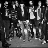 Axl Rose, Dizzy Reed, Tommy Stinson, Chris Pitman, Richard Fortus, Ron Thal, Frank Ferrer, DJ Ashba (2009-2015)