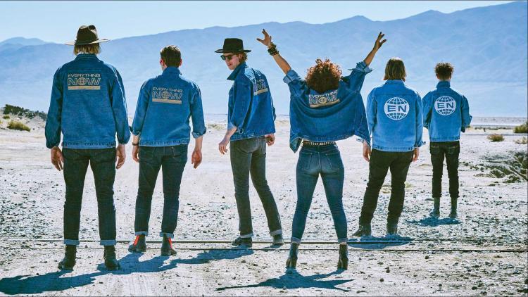 Arcade Fire. Foto tomada de rockandpop.cl