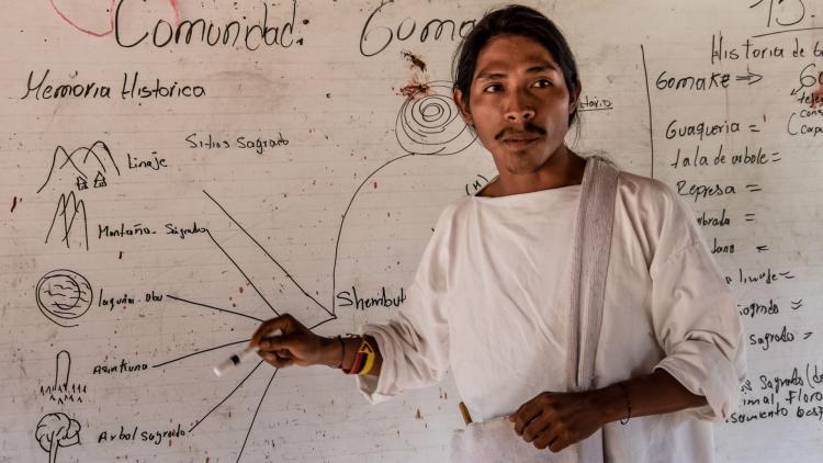 Miembro de grupo indígena Wiwa. Foto de Rommel Rojas.