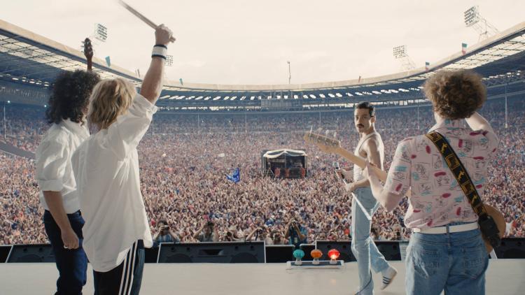 Queen en el Live Aid en Bohemian Rhapsody