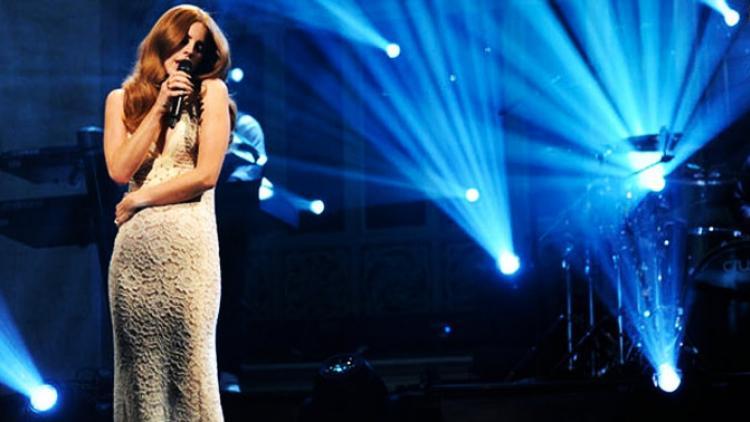 La criticada presentación de Lana del Rey
