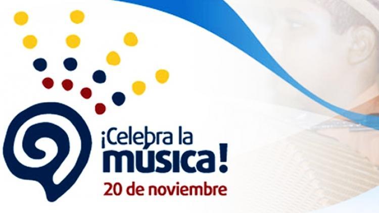 Celebra La Música desde la cabina de Radio Nacional de Colombia y por Señal Colombia