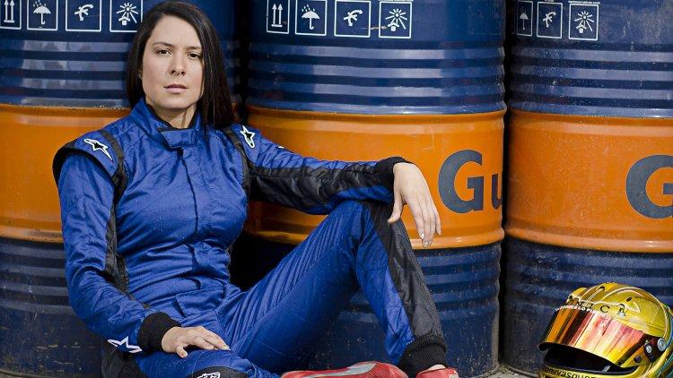 Manuela Vásquez, una antioqueña tras el volante