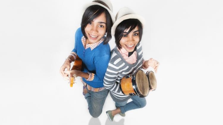 """""""Internet ha sido la base de nuestra carrera musical"""" Las Acevedo"""