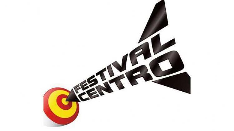 Diamante Eléctrico, LosPetitFellas y Árbol de Ojos en el Festival Centro 2013