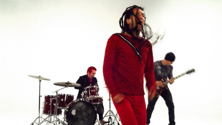 El nuevo video de La Peste: Descalzo y Al Vacío
