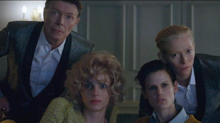 David Bowie estrena el video de su nuevo sencillo