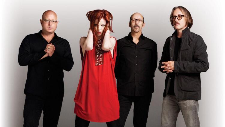 La banda está formada por la vocalista escocesa Shirley Manson y los tres productores estadounidenses: Butch Vig, Steve Marker y Duke Erikson