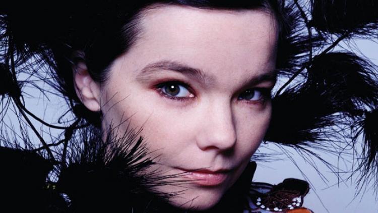 Björk lanza Biophilia y chateará con sus seguidores el 10 de octubre