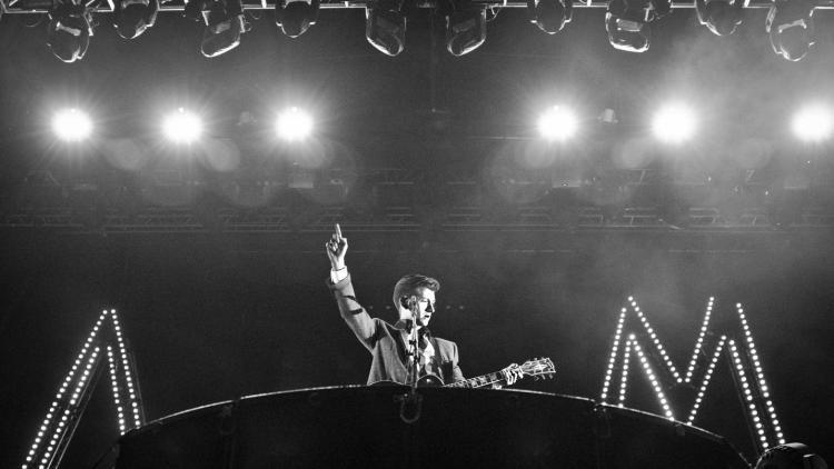 Arctic Monkeys homenajearon a Los Beatles