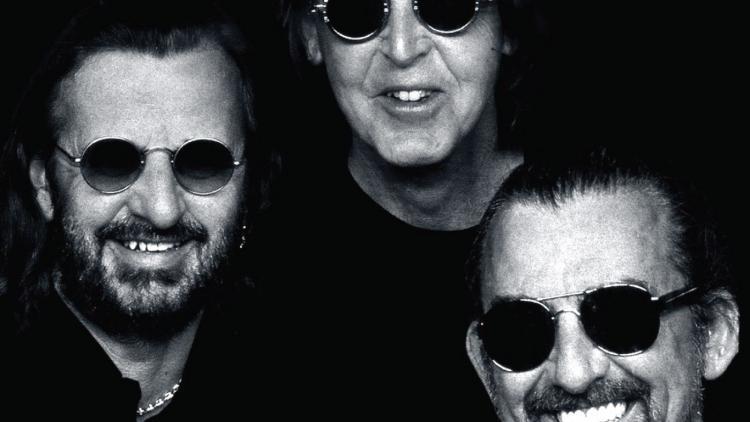 George Harrison Murio El 29 De Noviembre 2001 McCartney Tiene 73 Anos Mientras Que