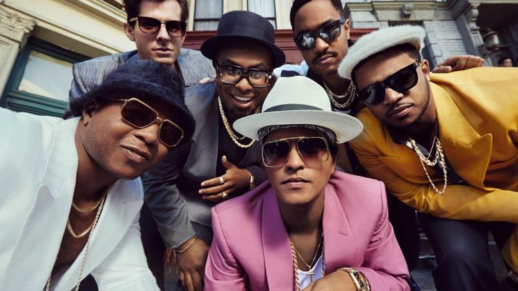 Uptown Funk hace parte del Uptown Special (2015) de Mark Ronson