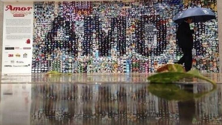 El primer gran muro de fotos en Colombia
