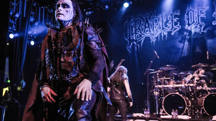 Cradle Of Filth - Foto: metalunderground.com