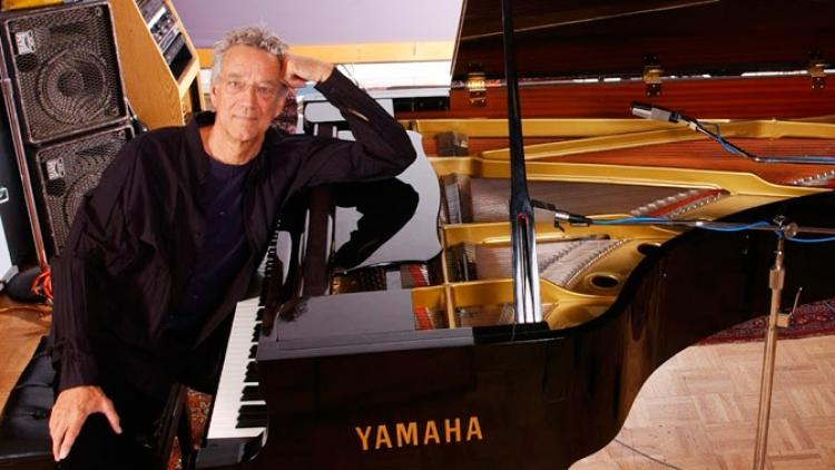 Murió Ray Manzarek, cofundador de The Doors