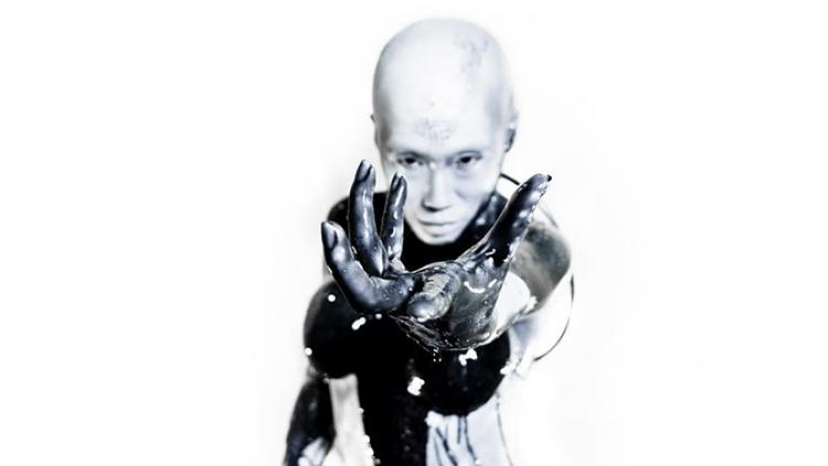 "Device presenta su primer sencillo: ""Vilify"""
