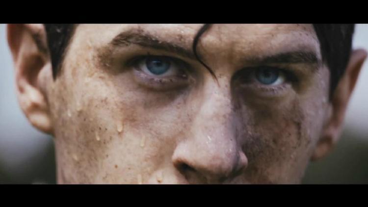 Alt-J estrena vídeo para 'Hunger Of The Pine'