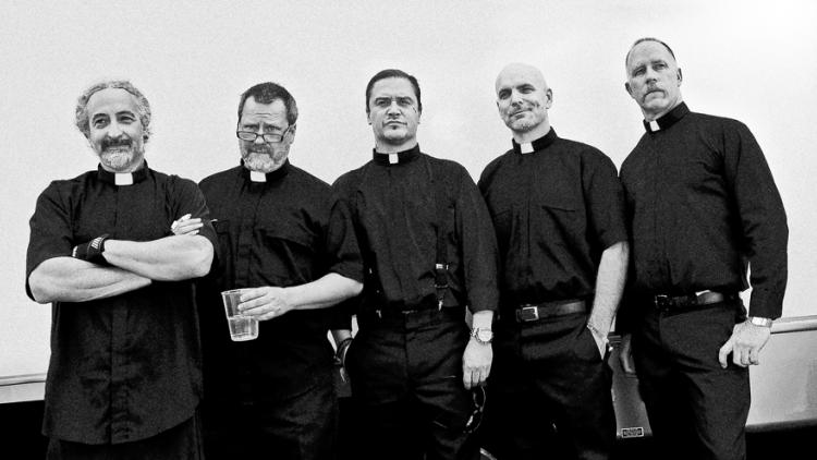 Después de 17 años, Faith No More estrena canción