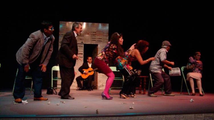 Pequeño Teatro de Medellín:  40 años en 'las tablas'