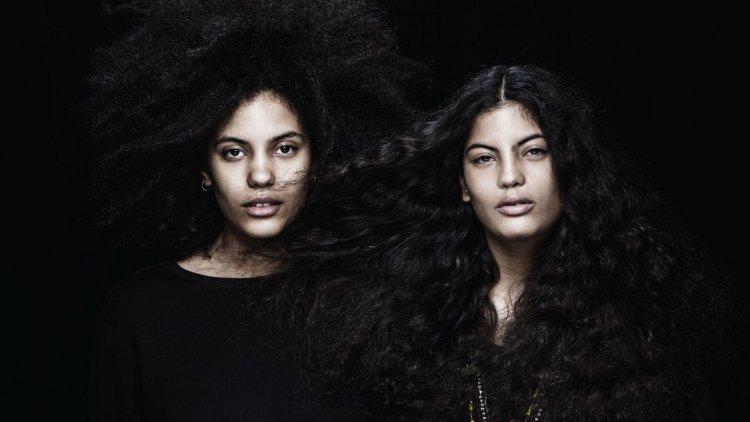 Naomi y  Lisa – Kaindé Díaz son francocubanas