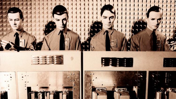 De Stockhausen a Kraftwerk, los padrinos de la música electrónica