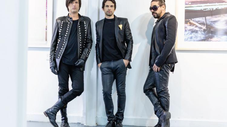 Los de Adentro son José Matera, Eliuth Martínez y Johann Daccaret. Foto cortesía de la banda.