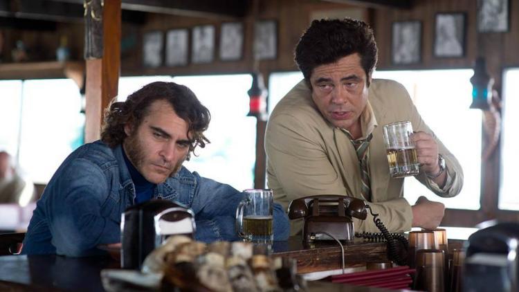 Vean a Joaquin Phoenix en la nueva película de P. T. Anderson