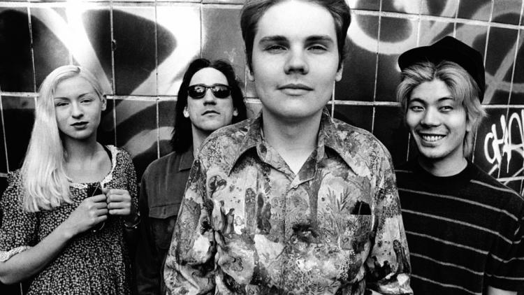 Billy Corgan, James Iha, D'arcy Wretzky y Jimmy Chamberlin (1988)