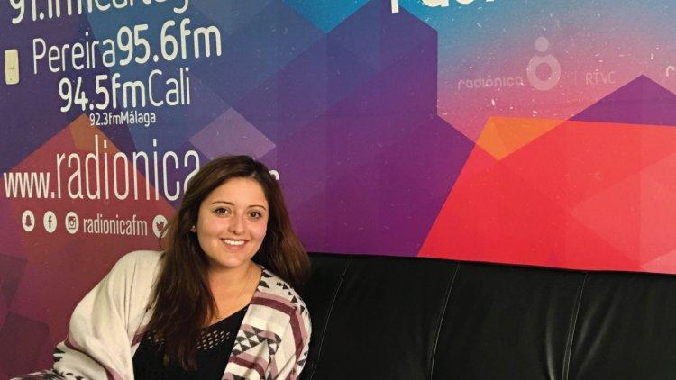 Ángela Pizarro de Surcos en Entrevistas Radiónica