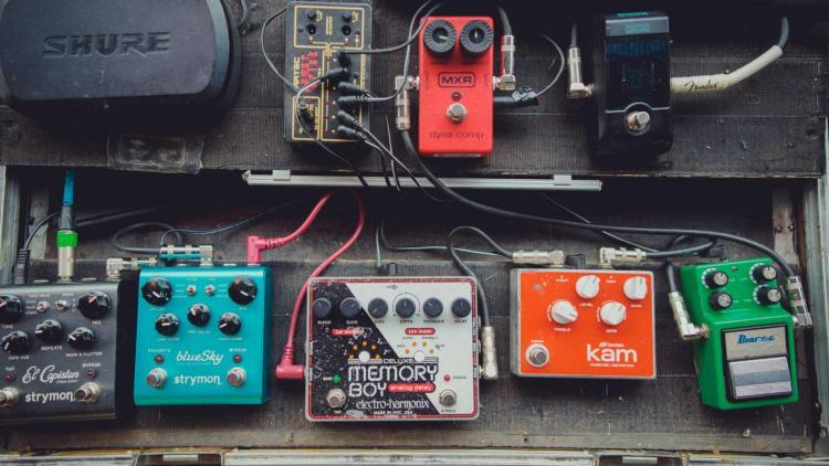 Historia de los pedales: cuando las guitarras nos hablan