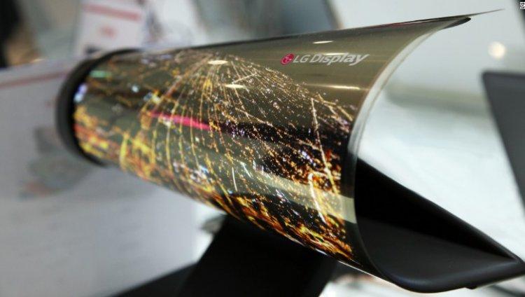 prototipo de pantalla enrollable OLED de LG. Tomada de CNN