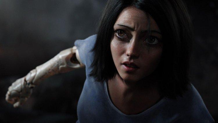 De los productores de 'Avatar' y 'Titanic', llega 'Alita: Battle Angel'.
