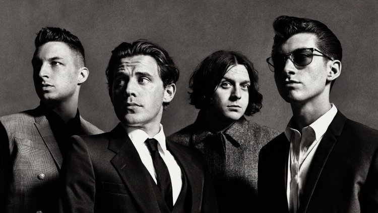 Arctic Monkeys son Matt Helders, Jamie Cook, Nick O'Malley y Alex Turner.