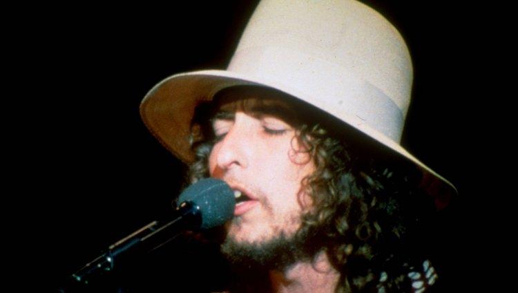 Bob Dylan en 1976. Foto tomada de www.chicagotribune.com