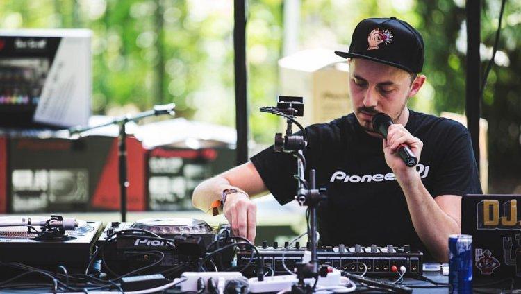 DJ PHO. Foto tomada de Facebook.