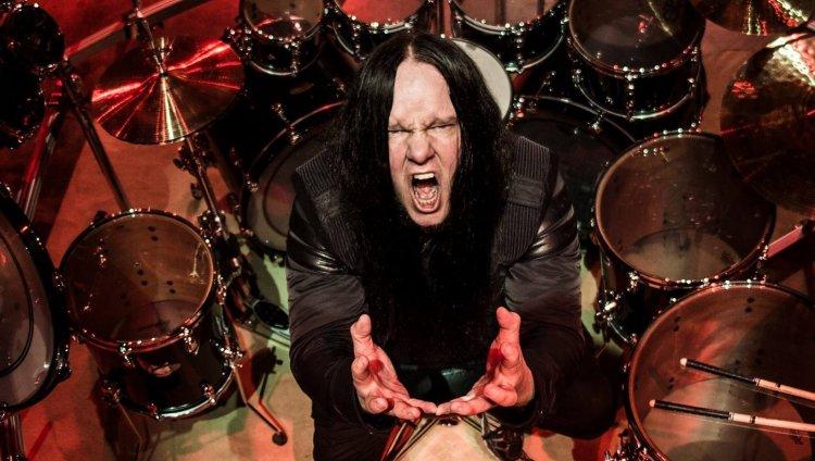 Foto tomada del Facebook oficial de Joey Jordison