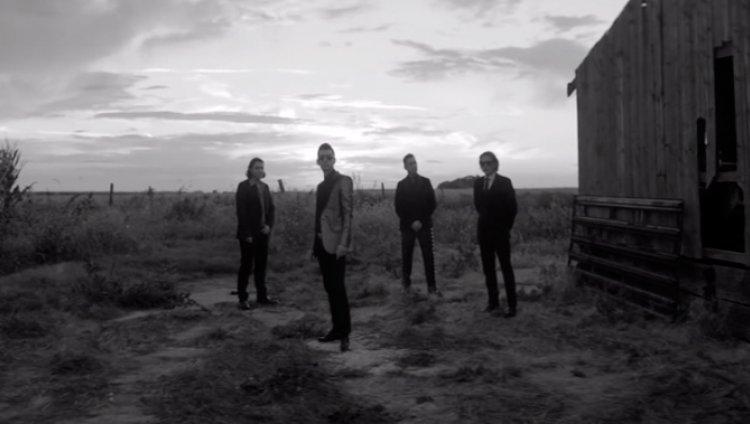 Arctic Monkeys estrena lado b